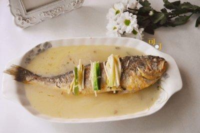 雪菜大湯黃魚