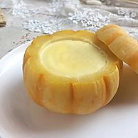 美妙的夏日甜品:小南瓜蒸蛋奶的做法图解12