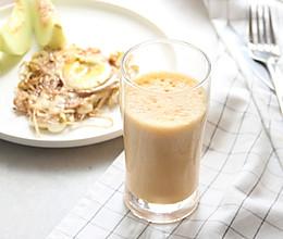 牛奶胡萝卜果蔬汁#春天不减肥,夏天肉堆堆#的做法