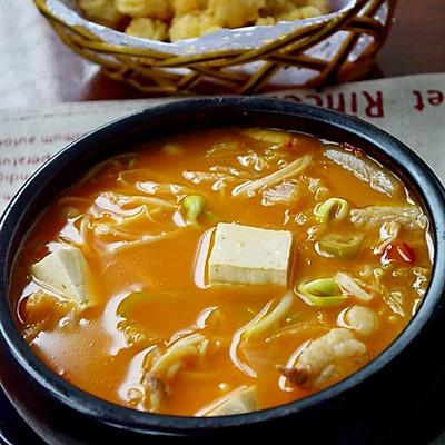 辣的过瘾的——泡菜汤