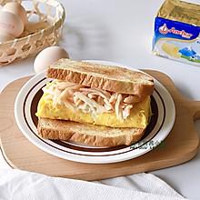 快手低脂美味早餐! 黄油厚蛋烧蟹柳三明治