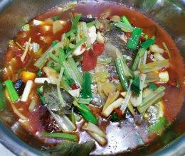 家常红汤鲫鱼的做法