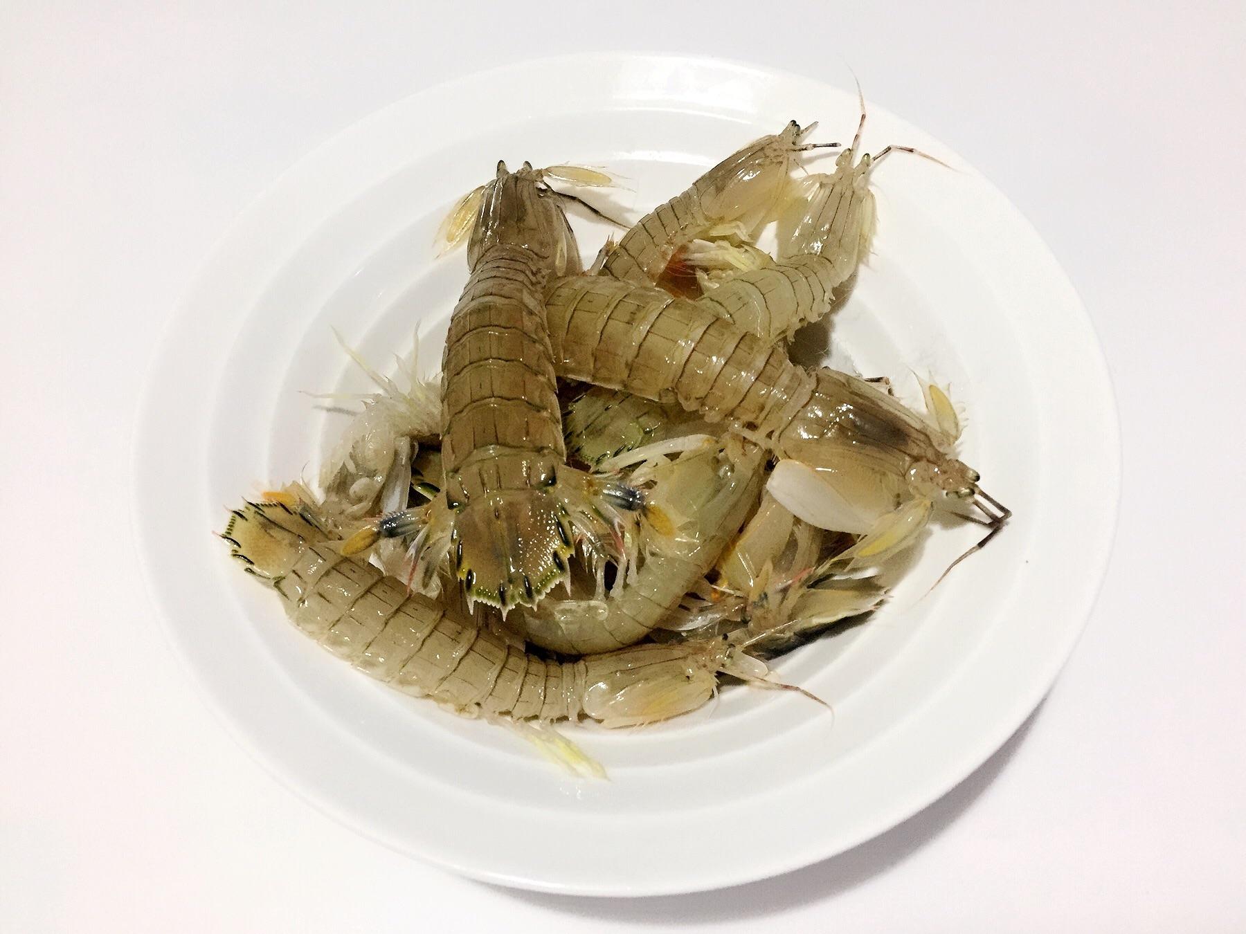 清蒸皮皮虾的做法步骤 1.
