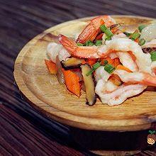 宝宝辅食:彩蔬敲虾