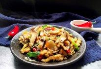 香菇炒鸡肉的做法