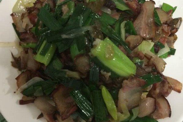 干辣椒炒腊肉的做法