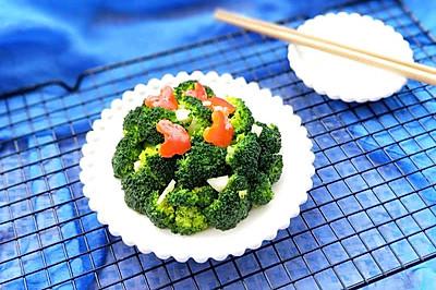 红椒蒜泥西兰花(低脂享瘦美食第一名)