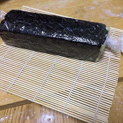 花样寿司---方型火腿花瓜鸡蛋卷的做法 步骤7