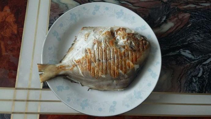 干煎鲳鳊鱼