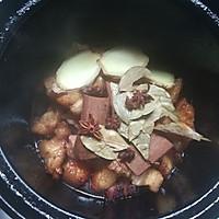 砂锅版鹌鹑蛋红烧肉的做法图解4