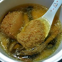 双菇鸡汤 「猴头菇茶树菇童子鸡汤」