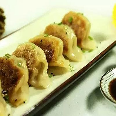 【微体】不可错过的喷香秘制煎饺!