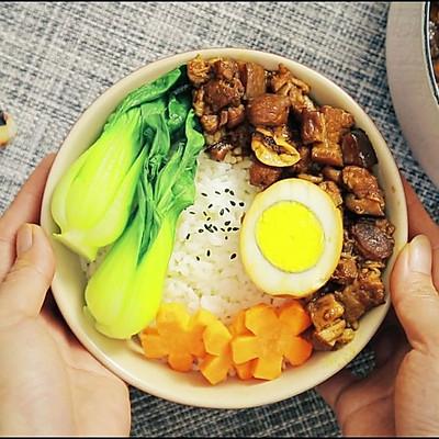 一碗懒香好吃的台湾卤肉饭的秘密是……