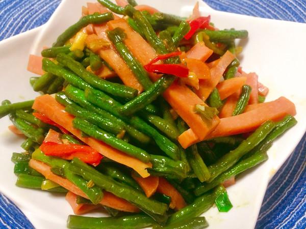 家常豇豆辣椒炒火腿的做法