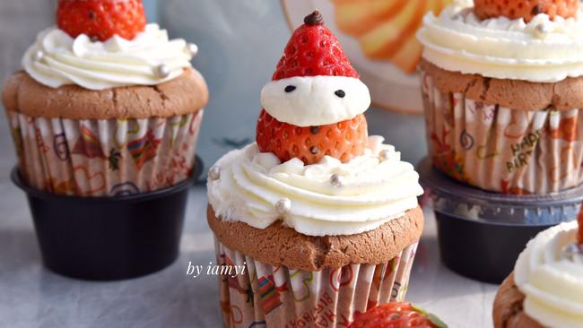 #相聚组个局# 草莓可可小蛋糕的做法