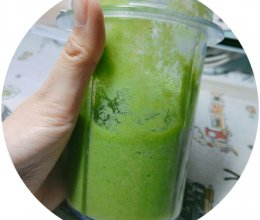 果蔬汁之:香蕉西蓝花热热的冬天放心喝!#减肥美白#健身餐必选的做法