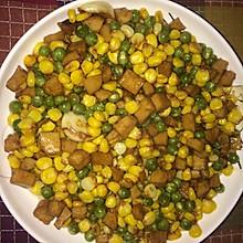 豌豆玉米肉饼丁