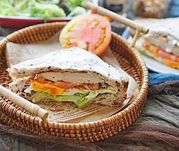 健康三明治|无敌经典、快手的俱乐部三明治#硬核菜谱制作人#的做法