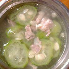 瘦肉丝瓜汤
