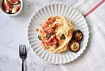 番茄肉酱罗勒意面的做法