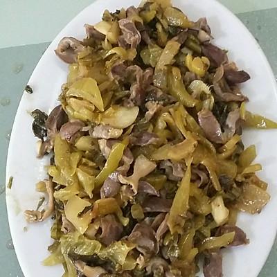 酸菜炒鸡肾