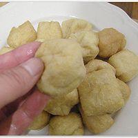 豆芽炒油豆腐的做法图解1