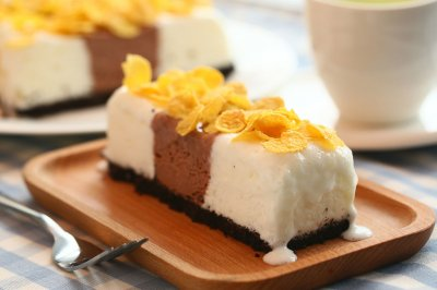 双色冰淇淋蛋糕