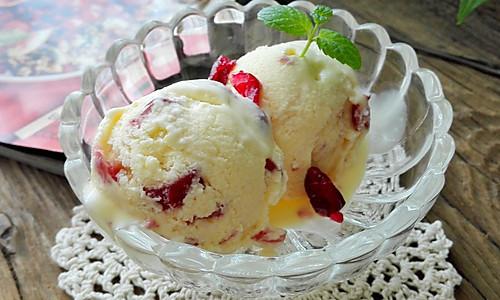 蔓越莓冰激凌#苺汁苺味#的做法