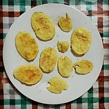 咔嚓~咔嚓~无油薯片