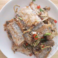 新手可做外酥里嫩的香辣煎带鱼