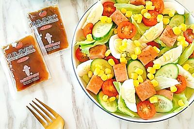 """最夏天的""""田园蔬菜沙拉"""""""