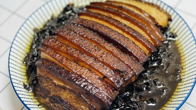 绍兴人做的梅干菜扣肉的做法