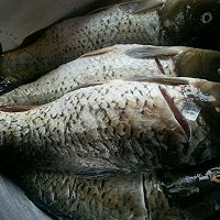李孃孃爱厨房之——冷吃鲤鱼的做法图解2