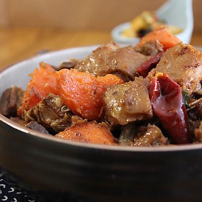 胡萝卜焖羊排