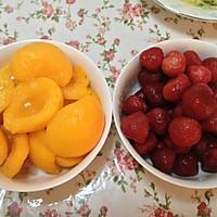 冰糖黄桃的做法图解1