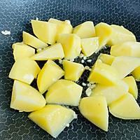 #中秋团圆食味#红烧土豆软烂酥香,一盘都不够吃!的做法图解6
