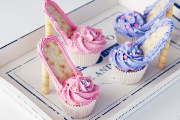 芭比高跟鞋杯蛋糕#美的FUN烤箱•焙有FUN儿#的做法