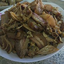 腊肉炒白辣椒