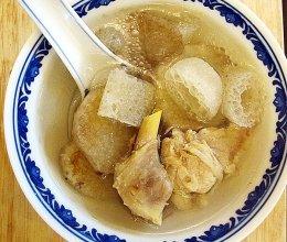 竹荪鸡腿山药汤的做法