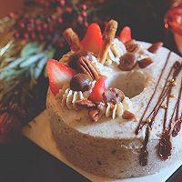 油茶戚风碧根果奶油蛋糕#美的FUN烤箱·焙有FUN儿#