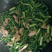 蒜苔炒肉的做法图解5