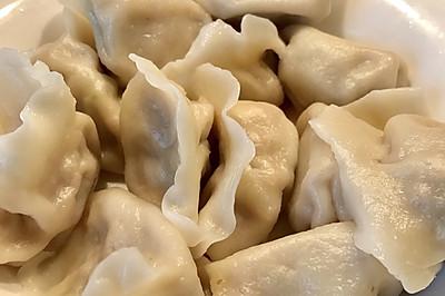 傳統東北豬肉芹菜餃子