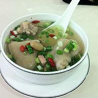 清炖猪蹄汤的做法图解1