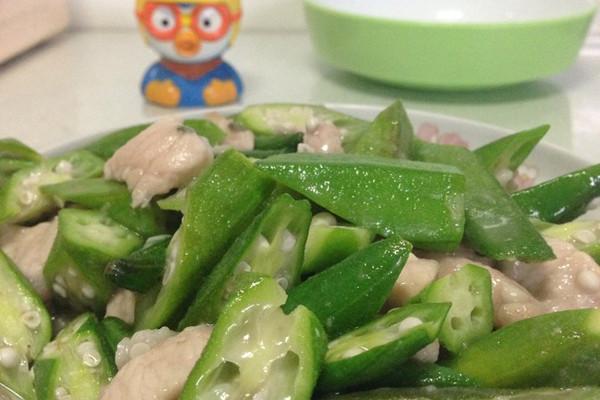 小熊家秋葵肉片的做法