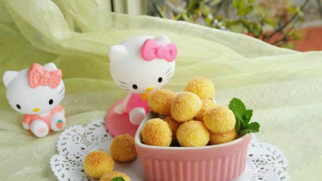 李孃孃爱厨房之一一黄金椰丝球的做法