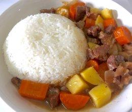 土豆炖牛肉盖饭的做法