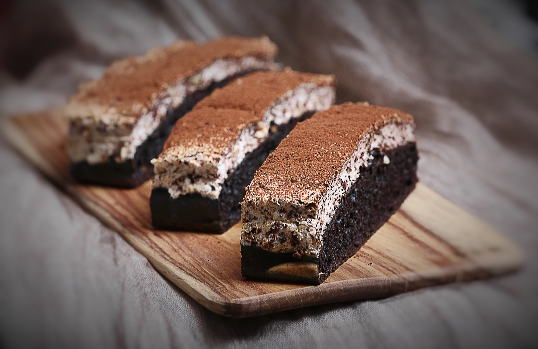 边看边做更方便 25分钟前        情人节,做巧克力蛋糕给我可爱的小情
