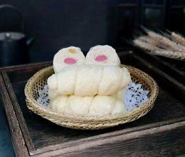 #520,美食撩动TA的心!#肠包馒头卷的做法