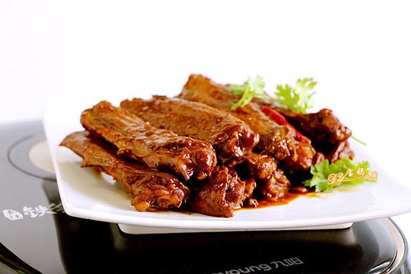 蒜蓉鸭翅#铁釜烧饭就是香#的做法