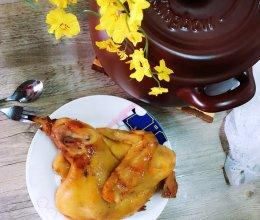 碳烤香的坤博砂锅烤鸡的做法